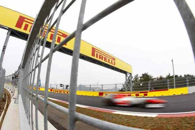22º) Vitantonio Liuzzi fez sua última dança na F1 em 2011 pela HRT, se arrastando de maneira deprimente no fim do grid