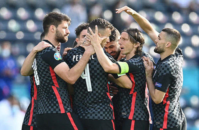 22/06 - 16h: Eurocopa - Croácia x Escócia / Onde assistir: SporTV 3