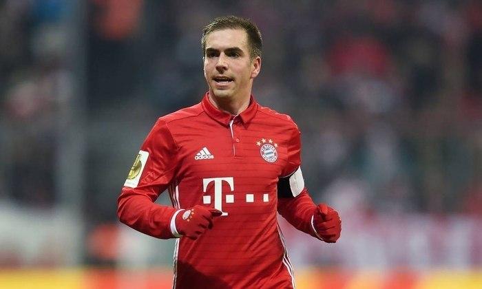 23 - Philipp Lahm - País: Alemanha - Posição: Lateral - Clubes: Bayern de Munique e Stuttgart