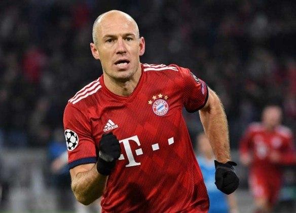 24 - Arjen Robben - País: Holanda - Posição: Atacante - Clubes: Groningen, PSV, Chelsea, Real Madrid e Bayern de Munique