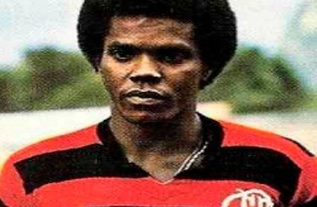 24º - Cláudio Adão (1973–1993) - 91 gols em 194 jogos (Média: 0.46).
