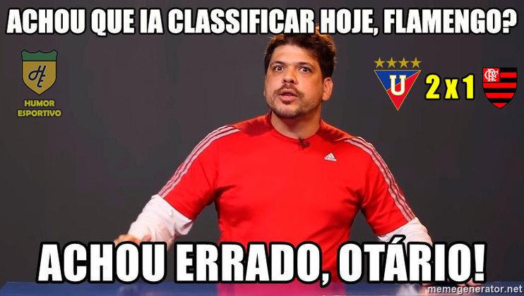 24/04/2019 - Tentando garantir a classificação antecipada para o mata-mata da Libertadores, o Flamengo foi derrotado pela LDU por 2 a 1, de virada, e deixou as emoções para partida final no grupo.