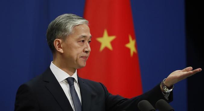 MInistro Wang Wenbin não dá data para retorno dos voos ao Reino Unido