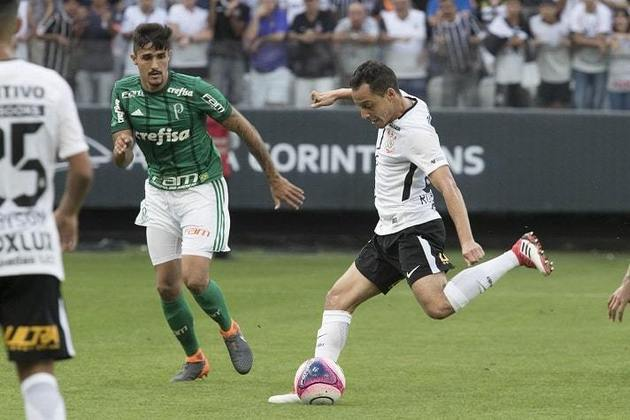 24/2/2018 - Corinthians 2 x 0 Palmeiras - Arena Corinthians - Fase de Grupos Paulistão-2018: Outra vez o Verdão apontava como favorito no duelo, mas com golaço de Rodriguinho e gol de pênalti marcado por Clayson, o Timão bateu o rival em casa. No lance do penal, Jailson foi expulso e os palmeirenses reclamaram da arbitragem.