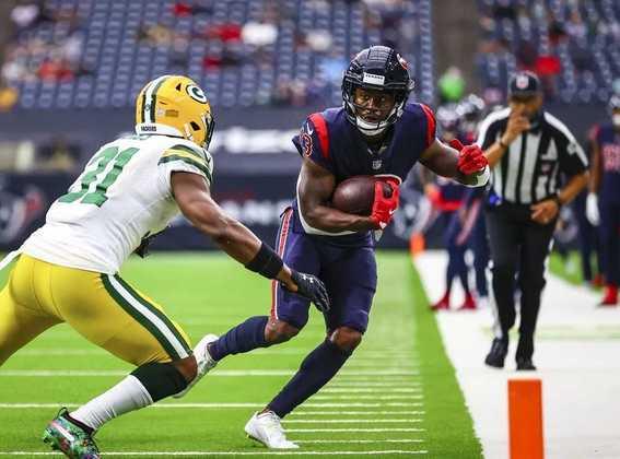 25 - Houston Texans: O pior time com um dos melhores quarterbacks. É triste ver Deshaun Watson lutar sozinho em Houston.