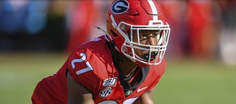 25º Jacksonville Jaguars - Eric Stokes (CB - Georgia): Após escolher o QB do futuro, Urban Meyer vai em buscar de melhorar a defesa. Stokes tem tudo para fazer boa dupla com CJ Henderson por longos anos.