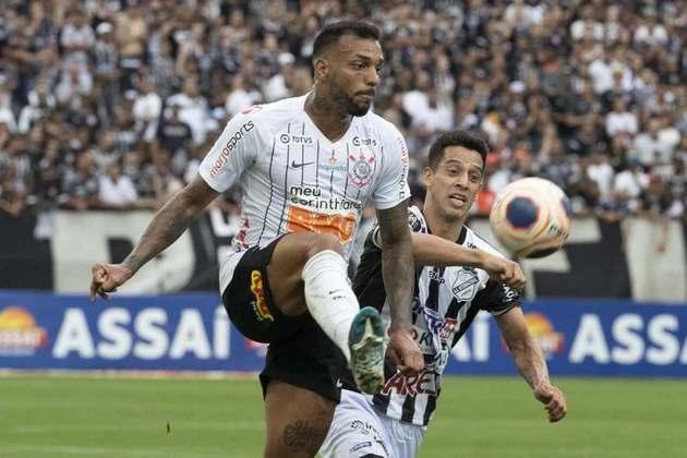 25) Michel Macedo - lateral-direito - 1 jogo oficial e 71 minutos em campo