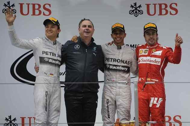 25 - No GP da China de 2014, mais uma vitória, consolidando o início da hegemonia da Mercedes na Fórmula 1