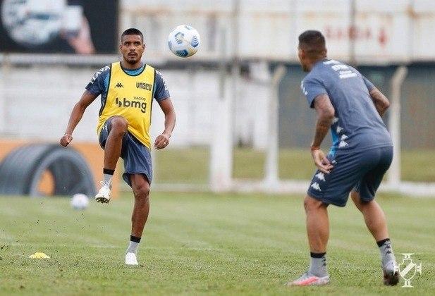 27º - Boavista 2x2 Vasco - Campeonato Carioca 2021 - Léo Matos cruzou para Cano, que escorou e saiu para comemorar.