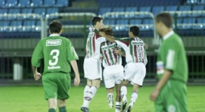 27 de outubro de 2004 - Fluminense 7 x 1 Juventude - Raulino de Oliveira - Brasileirão