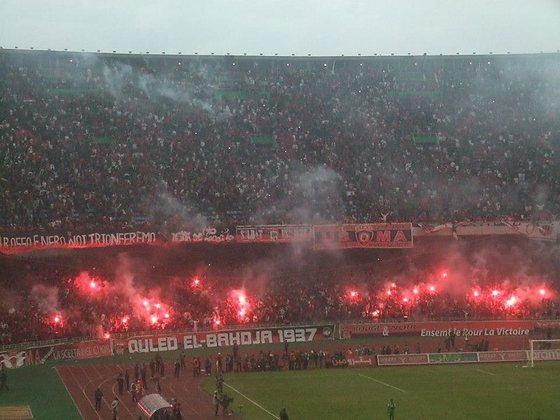 27 - Estádio 5 de Julho de 1962 - Mouloudia Club d'Alger (Argélia)