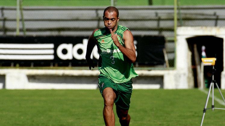 27. Leandro Eusébio, um gol (2012)