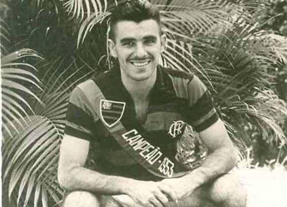 27/10/1956 - Flamengo 12 x 2 São Cristóvão - Gols do Flamengo: Evaristo de Macedo (4), Índio (4), Joel (2), Luis Roberto e Paulinho
