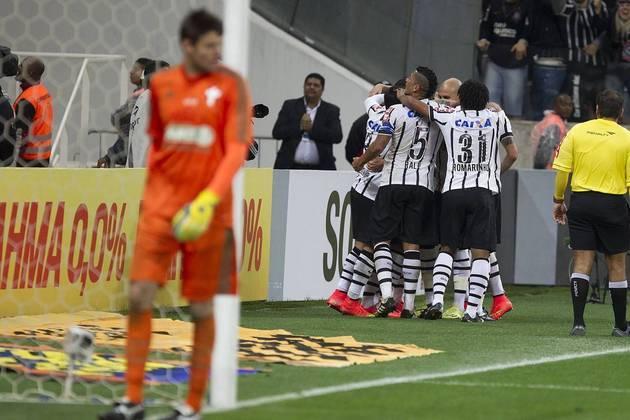 27/7/2014 - Corinthians 2 x 0 Palmeiras - 12ª Rodada Brasileirão-2014: Primeiro Dérbi na Arena corintiana, gols de Guerrero e Petros