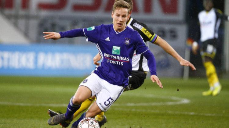 28º - Yari Verschaeren - O meia-atacante de 18 anos, já é titulas absoluto da Anderlecht e também fez sua estreia na seleção principal da Bélgica, marcando um gol na sua segunda partida pelo selecionado.