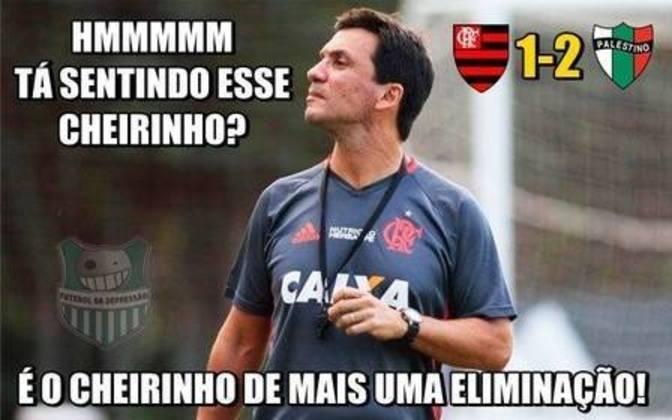 28/09/2016 - O Flamengo não conseguiu chegar às quartas de final da Copa Sul-Americana após ser eliminado pelo modesto Palestino, dentro do Kléber Andrade. A equipe chilena venceu por 2 a 1.