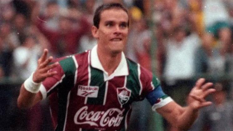 29/04/1994 - Fluminense 7 x 1 Botafogo - Gols do Fluminense: Ézio (foto) (2), Luis Antônio (2), Luis Henrique, Mário Tilico e Branco