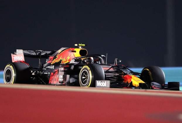 3 - Alex Albon (Red Bull) - 7.28: Não brilhou, mas teve pódio caindo no colo.