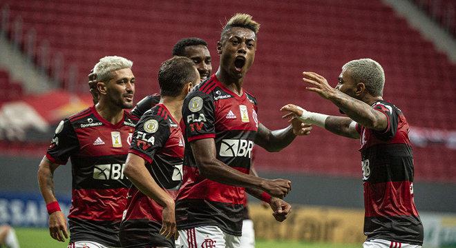 3º colocado – Flamengo (55 pontos/30 jogos): 13.6% de chances de ser campeão; 96.1% de chances de Libertadores (G6); 0% de chance de rebaixamento.
