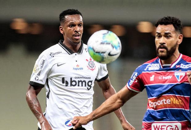 3 – Corinthians: perda do título paulista para o maior rival, crises internas, troca de técnicos e desempenho abaixo do esperado nas competições marcaram o ano do Alvinegro.