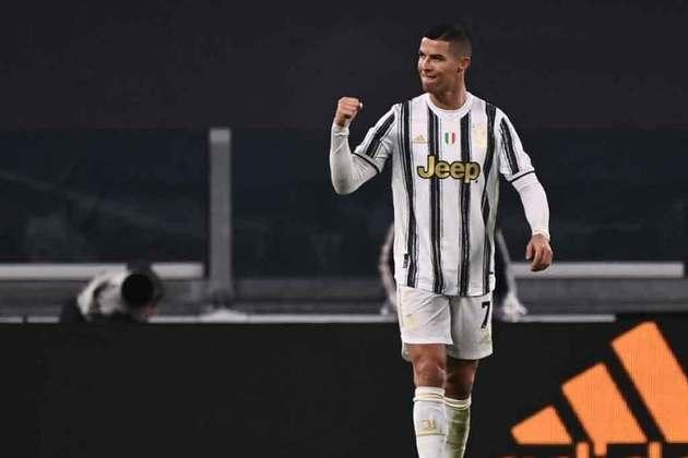 3º - Cristiano Ronaldo (Futebol): receita em 2020 - 120 milhões de dólares (aproximadamente R$ 614,74 milhões)
