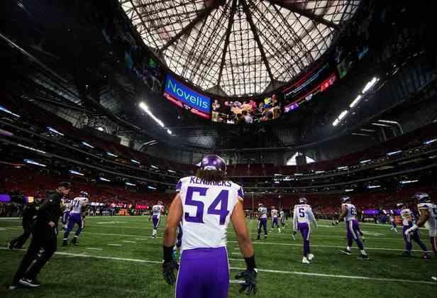 3. Eric Kendricks (Minnesota Vikings): Eric Kendricks é um linebacker absolutamente fora de série, provando nos últimos anos ser o verdadeiro coração do front-seven da defesa dos Vikings. Nomeado First-Team All-Pro e Pro Bowler em 2019, sua qualidade na cobertura de passe possivelmente se tornou a melhor da NFL entre LBs nos últimos dois anos.