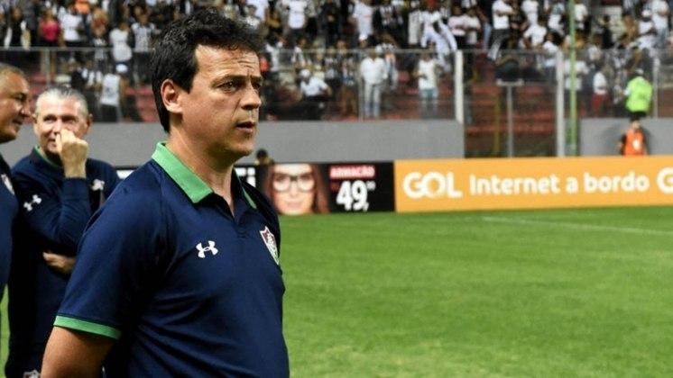 3°) Fluminense - O Tricolor carioca treinou de técnico 39 vezes no século XXI, com 28 nomes diferentes comandando nas Laranjeiras.