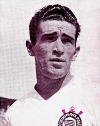 3º - Goiano - 22 gols em 296 jogos - 1952/1959