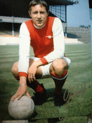 3º - John Radford - 112 gols em 377 jogos