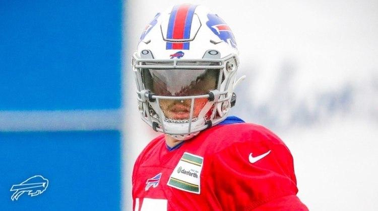 3º Josh Allen: O QB dos Bills teve evolução impressionante. Fechou a temporada regular com 4544 jardas passadas e 37 passes para TDs.