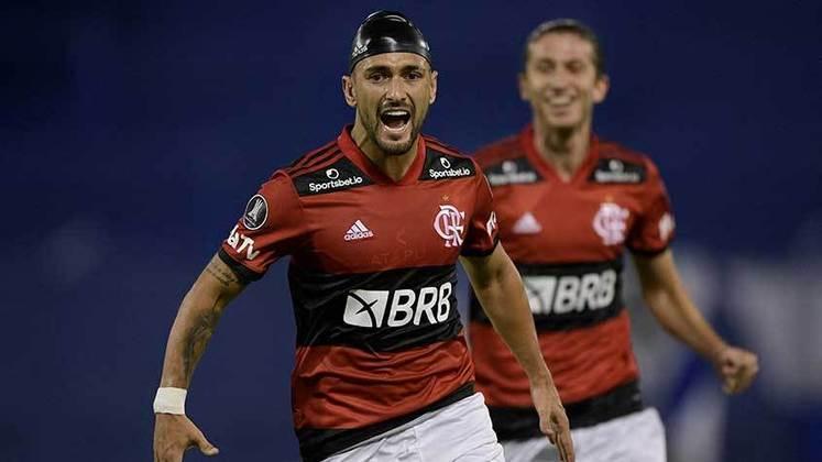 3º lugar: Giorgian de Arrascaeta - Meia - Flamengo - 26 anos - Valor de mercado segundo o site Transfermarkt: 15 milhões de euros (aproximadamente R$ 96,54 milhões)