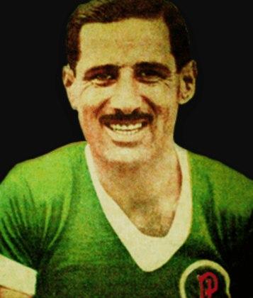 3 – O outro com 85 vitórias é o atacante argentino Echevarrieta, que jogou entre 1939 e 1942.