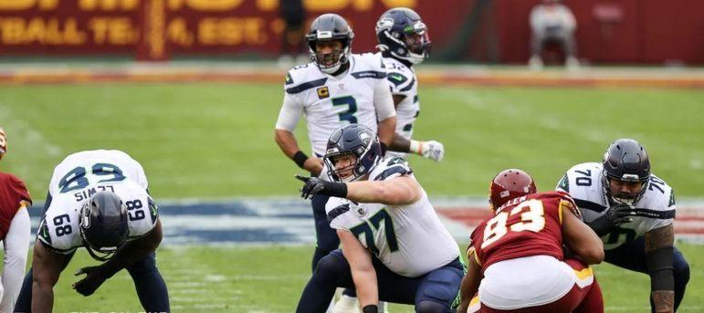 3º Russell Wilson (Seattle Seahawks): O camisa 3 de Seattle ficou para trás na briga. O sonho do MVP escorre pelas mãos, e precisa de um milagre para voltar a briga.