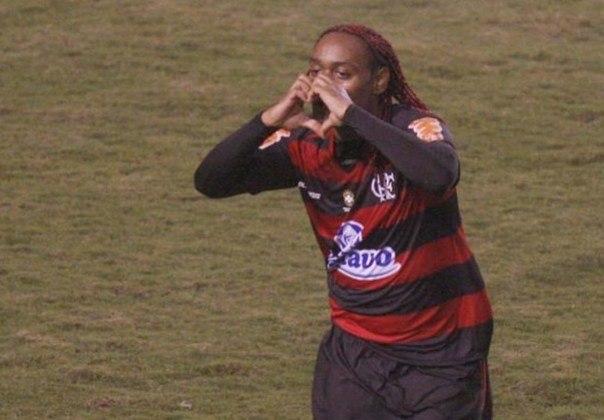 3º - Vágner Love - 2010-2012 - 47 gols em 80 jogos