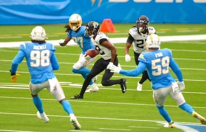 30 - Jacksonville Jaguars: Uma defesa que permite muitos pontos e um ataque inconstante. A fórmula perfeita para o insucesso.