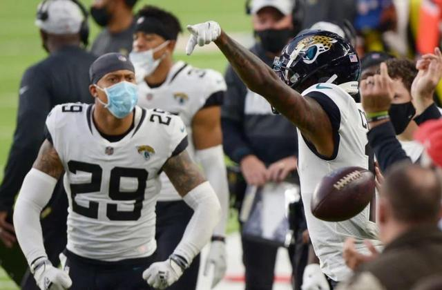 31º Jacksonville Jaguars (1-11) - As duas últimas semanas foram de um time aguerrido. Ainda sim as derrotas seguem se empilhando. São onze em sequência.