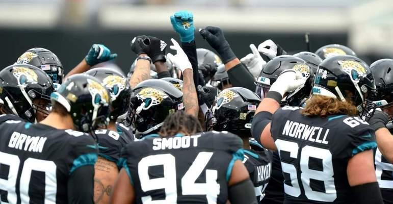 31º Jacksonville Jaguars - Não tem mais pelo que lutar, a honra está em frangalhos. Resta desenvolver os jovens do time e pensar nos rumos da franquia,