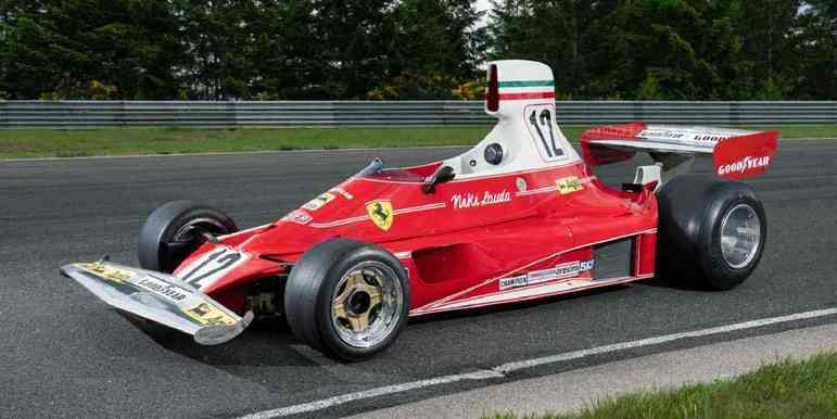 312T: em 1975, a Ferrari ofereceu um carro bastante superior aos demais a Niki Lauda, com o piloto conseguindo seu primeiro título