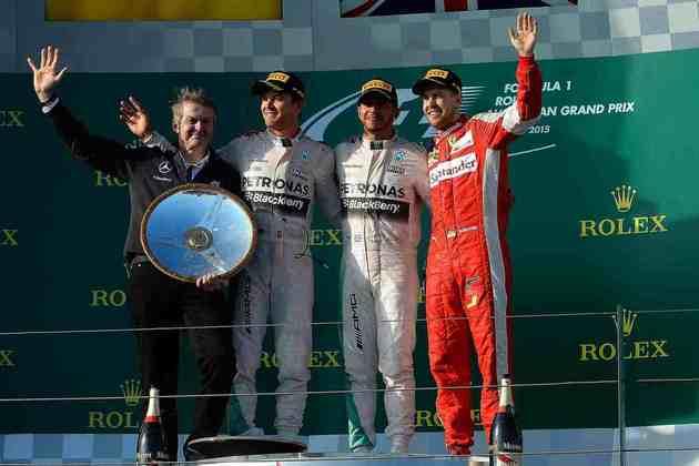 34 - Lewis Hamilton iniciou a campanha do tricampeonato mundial com vitória no GP da Austrália de 2015
