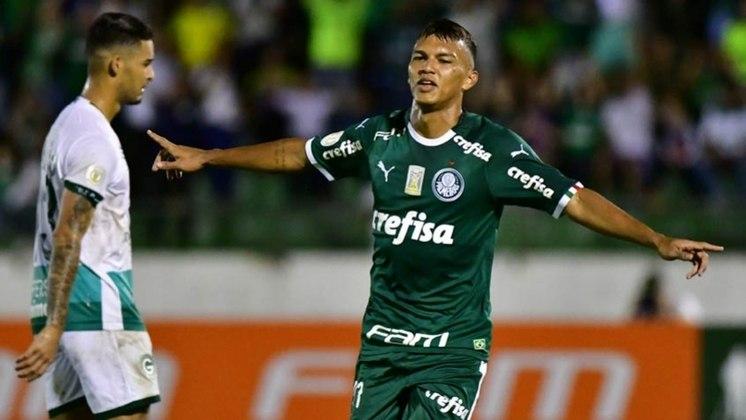 35º - Gabriel Verón - Atacante do Palmeiras, foi eleito o melhor jogador do Mundial Sub-17, depois de contribuir com três gols e duas assistências na campanha do título do Brasil. Subiu aos profissionais na temporada passada.