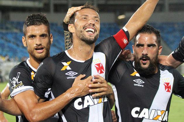 35º - Santos-AP 0x2 Vasco - Copa do Brasil 2017 - Para sacramentar a vitória, Nenê novamente marcou de pênalti e classificou o Cruz-Maltino para a próxima fase