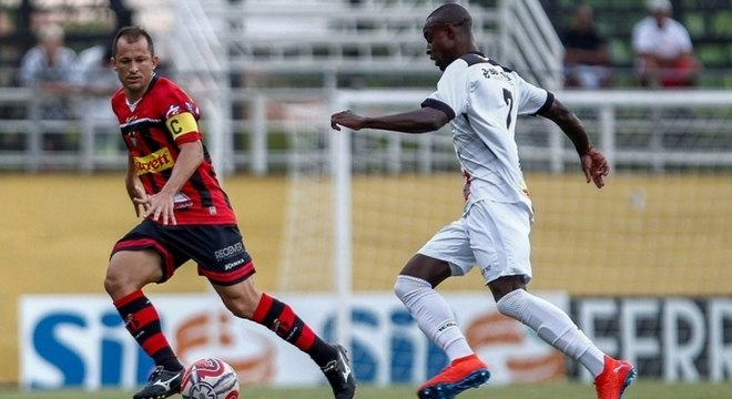 4) Correa - Ituano - 18 assistências para finalização (7 jogos)