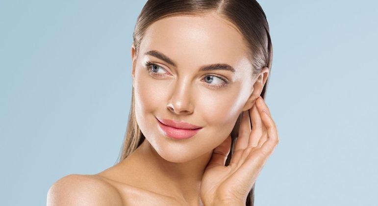 4 dicas para manter o rosto jovem e bonito
