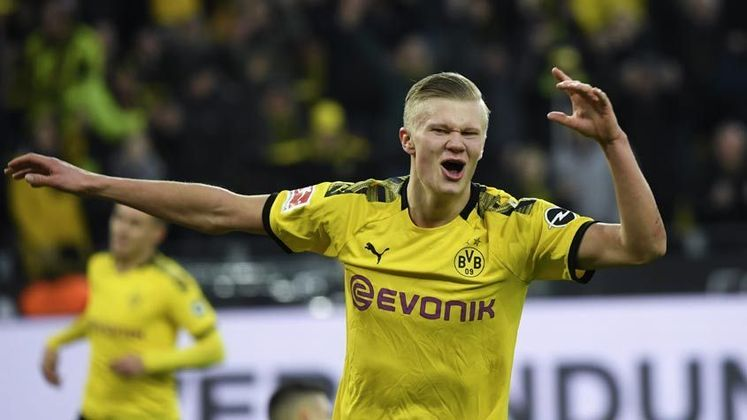 4- Erling Haland: O artilheiro do Borussia está na quarta posição e tem um valor estimado de 120,3 milhões de euros (por volta dos R$ 800 milhões)