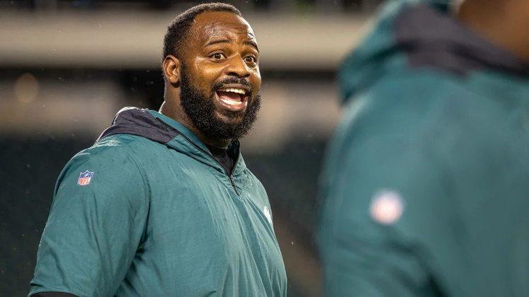 4. Fletcher Cox (Philadelphia Eagles): Já são seis Pro Bowls consecutivos para o defensive tackle dos Eagles, e a incrível marca de 54,5 sacks em nove anos de carreira. Em toda sua carreira, só uma sua nota no índice do PFF foi abaixo de 70 (2013). Por seis vezes ficou acima de 80, três delas superando a nota 90. Além disso tudo, Cox foi eleito All-Pro em quatro ocasiões, e foi um dos heróis na campanha do título de Super Bowl em 2017.