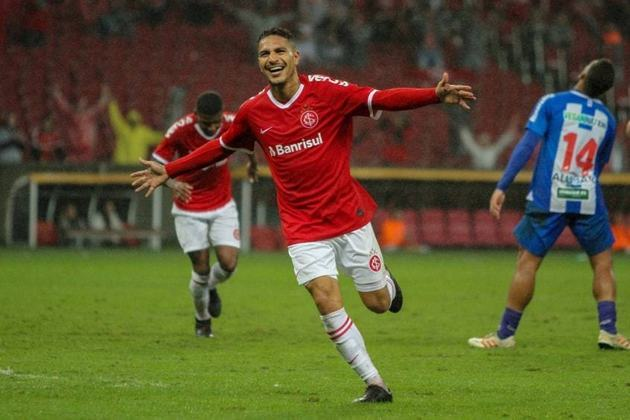 4º - Guerrero - Internacional - 10 gols em 15 jogos