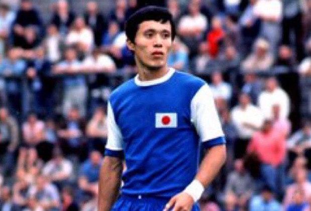 4 – Kunishige Kamamoto - A facilidade com que penetrava nas defesas marcou o japonês Kunishige Kamamoto. Outra média maravilhosa com 80 gols em 84 partidas. Assim figura na lista com sobras