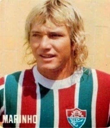 4 - Marinho Chagas - Potiguar de Natal, nasceu 8/2/1952 e morreu em 1/6/2014 em João Pessoa. Trata-se de um dos mais habilidosos jogadores da história do futebol brasileiro. Titular na Copa de 1974 e considerado na época o melhor lateral-esquerdo da Copa e do mundo. Foi titular da Seleção entre 1972 e 1977. Jogou entre 1972 e 1976 no Botafogo e em 1977 e 1978 no Fluminense, sempre com muito destaque. Também teve sucesso no Cosmos e no São Paulo (jogando como meia) nos anos 80. Encerrou a carreira em 1988. Sofria de cirrose e morreu de hemorragia digestiva. Seus pontos fortes: apoio e assistências.
