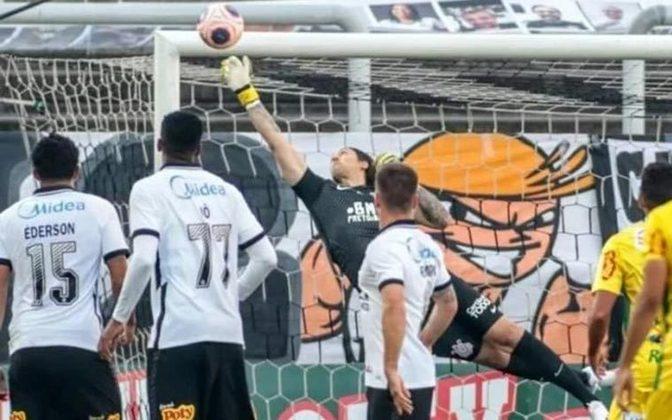 4 – O Corinthians aparece na quarta posição, com 10.992.700 seguidores.