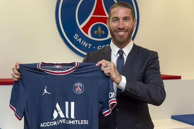 4. O Paris Saint-Germain é patrocinado pela rede de hotéis Accor. O acordo garante ao clube francês a bolada de 43 milhões de euros, o que dá pouco mais de R$ 258,8 milhões.